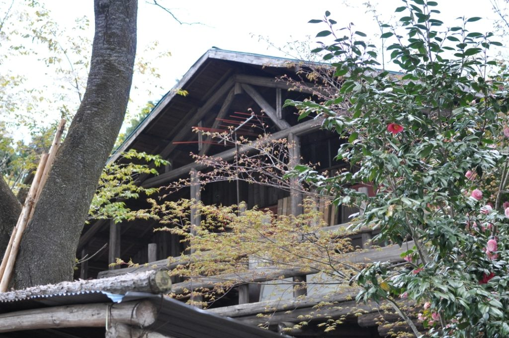 小仏峠の古い家